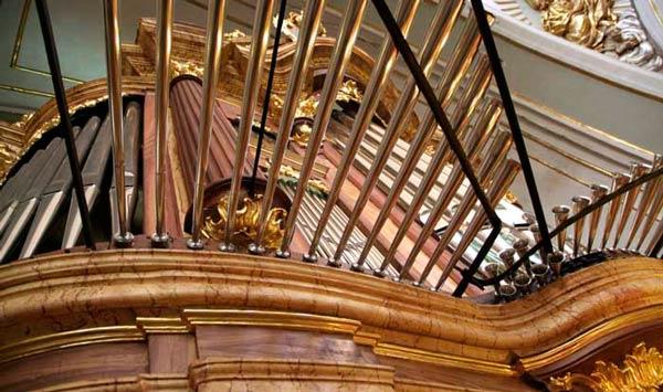organo-barroco-iglesia-juan-bautista-monovar